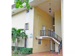 8600 SW 109th Ave #4-209. Miami, Florida - Hometaurus
