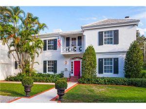 3599 N Moorings Wy. Coconut Grove, Florida - Hometaurus