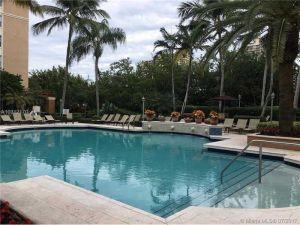 19801 E Country Club Dr #204. Aventura, Florida - Hometaurus