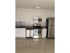 4600 NW 79 Ave #1b. Doral, Florida - Hometaurus