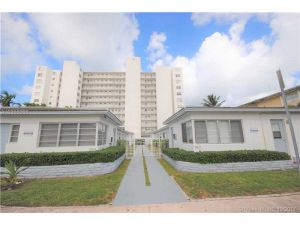 7829 Carlyle Av #3. Miami Beach, Florida - Hometaurus