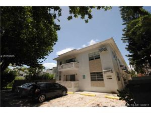 710 Meridian Av #6. Miami Beach, Florida - Hometaurus