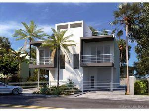 3053 Gifford Ln #3053. Miami, Florida - Hometaurus
