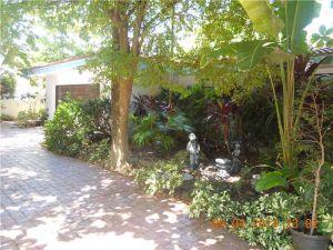 620 Ocean Bl. Golden Beach, Florida - Hometaurus