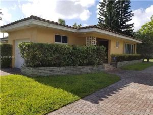 3623 Riviera Dr. Coral Gables, Florida - Hometaurus