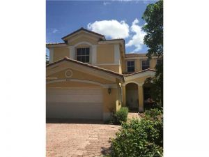 4533 NW 94th Pl. Doral, Florida - Hometaurus