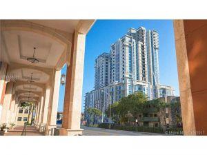8215 SW 72 Avenue #1018. Miami, Florida - Hometaurus