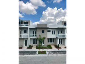 10421 NW 63rd Ter #10421. Miami, Florida - Hometaurus