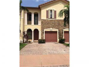 10323 NW 30th Ter #0. Doral, Florida - Hometaurus