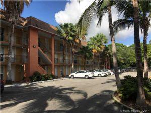 3245 Virginia St #62. Coconut Grove, Florida - Hometaurus