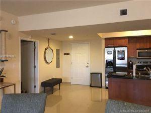 4100 Salzedo St #1002. Coral Gables, Florida - Hometaurus