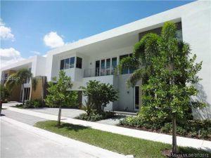 10235 NW 74 Ter #0. Doral, Florida - Hometaurus