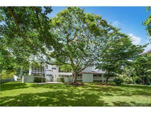 7540 Los Pinos Blvd. Coral Gables, Florida - Hometaurus