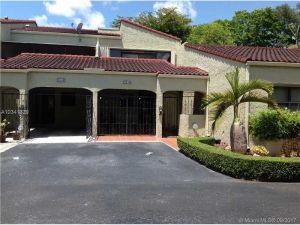 3544 Estepona Av #21s-4. Doral, Florida - Hometaurus