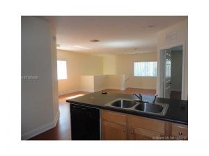 3335 Palomino Dr #321-3. Davie, Florida - Hometaurus