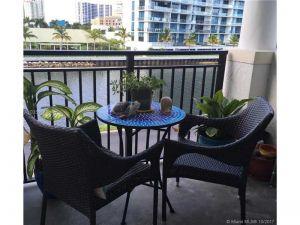 3215 184 St #14306. Aventura, Florida - Hometaurus