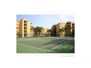 8160 Geneva Wy #116. Doral, Florida - Hometaurus