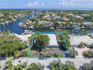 13001 Nevada St. Coral Gables, Florida - Hometaurus
