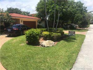 14 Castle Harbor Is. Fort Lauderdale, Florida - Hometaurus