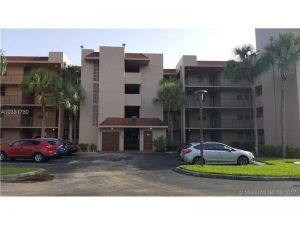 9510 Seagrape Dr #205. Davie, Florida - Hometaurus