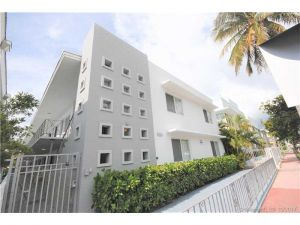 7330 Harding Av #17. Miami Beach, Florida - Hometaurus