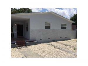 944 NW 51 St. Miami, Florida - Hometaurus