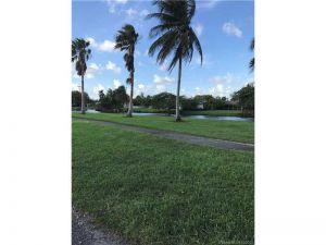 9670 SW 81st Ln. Miami, Florida - Hometaurus