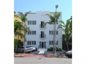 1345 Pennsylvania Av #2. Miami Beach, Florida - Hometaurus