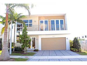 9830 NW 75th St. Doral, Florida - Hometaurus