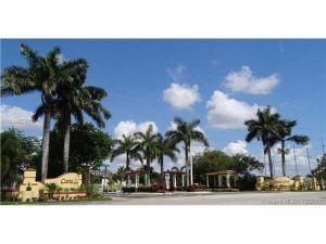 5570 NW 107th Ave #907. Doral, Florida - Hometaurus
