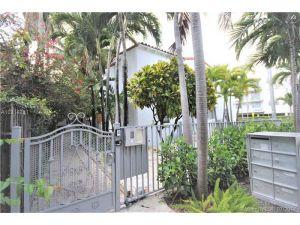 642 15th St #3. Miami Beach, Florida - Hometaurus