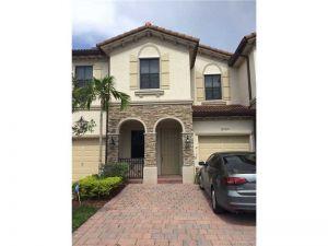8725 NW 98 Ave #0. Doral, Florida - Hometaurus