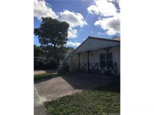 3829 NW 76th Way #3829. Davie, Florida - Hometaurus