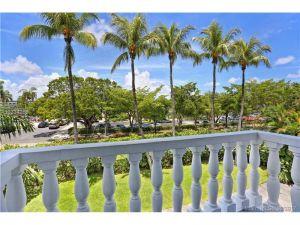1150 Madruga Ave #C201. Coral Gables, Florida - Hometaurus