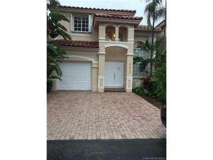 10906 NW 69 Te. Doral, Florida - Hometaurus