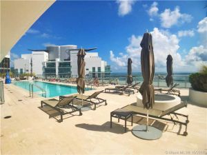 1300 Brickell Bay Dr #1203. Miami, Florida - Hometaurus