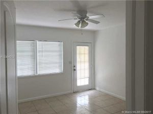 737 NE 16th Ave #1. Fort Lauderdale, Florida - Hometaurus