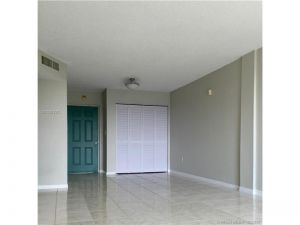 9460 Fontainebleau Blvd #432. Miami, Florida - Hometaurus